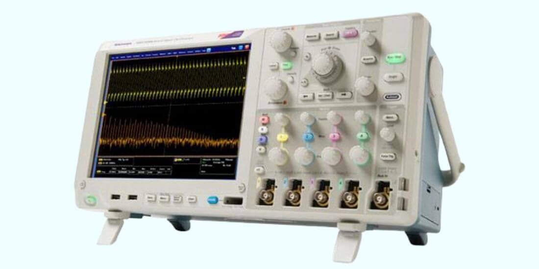 HOW TO USE AN OSCILLOSCOPE TO MEASURE DC VOLTAGE